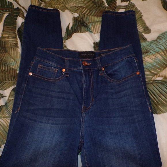 Kendall & Kylie Skinny Jeans
